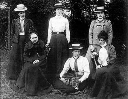 Mrs Henry Bull and her remaining unmarried daughters